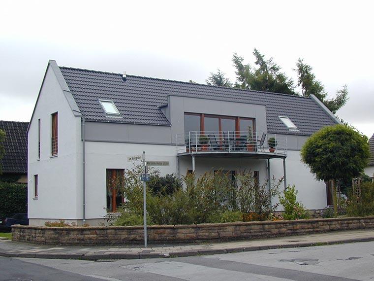 Haus mit neuem Umbau